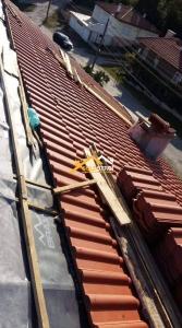 ремонт-на-двускатен-покрив-с-керемиди-брамак