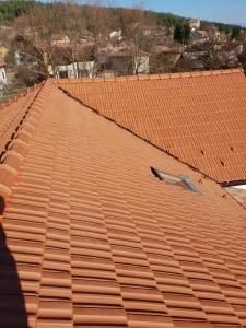 качествен ремонт на покрив