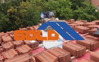 нареждане-на-керемиди-на-покрив