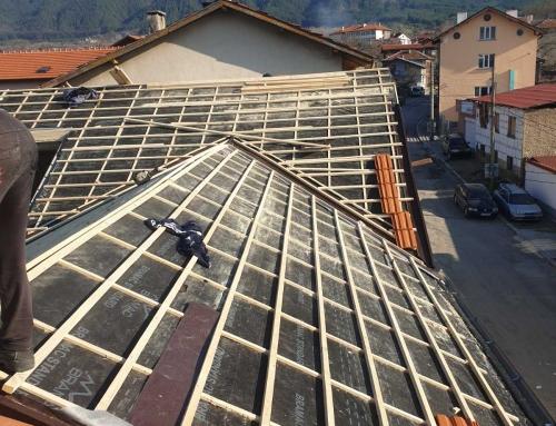 Коя изолация е по-добра за мансарден покрив