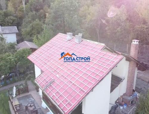 Теч на покрива